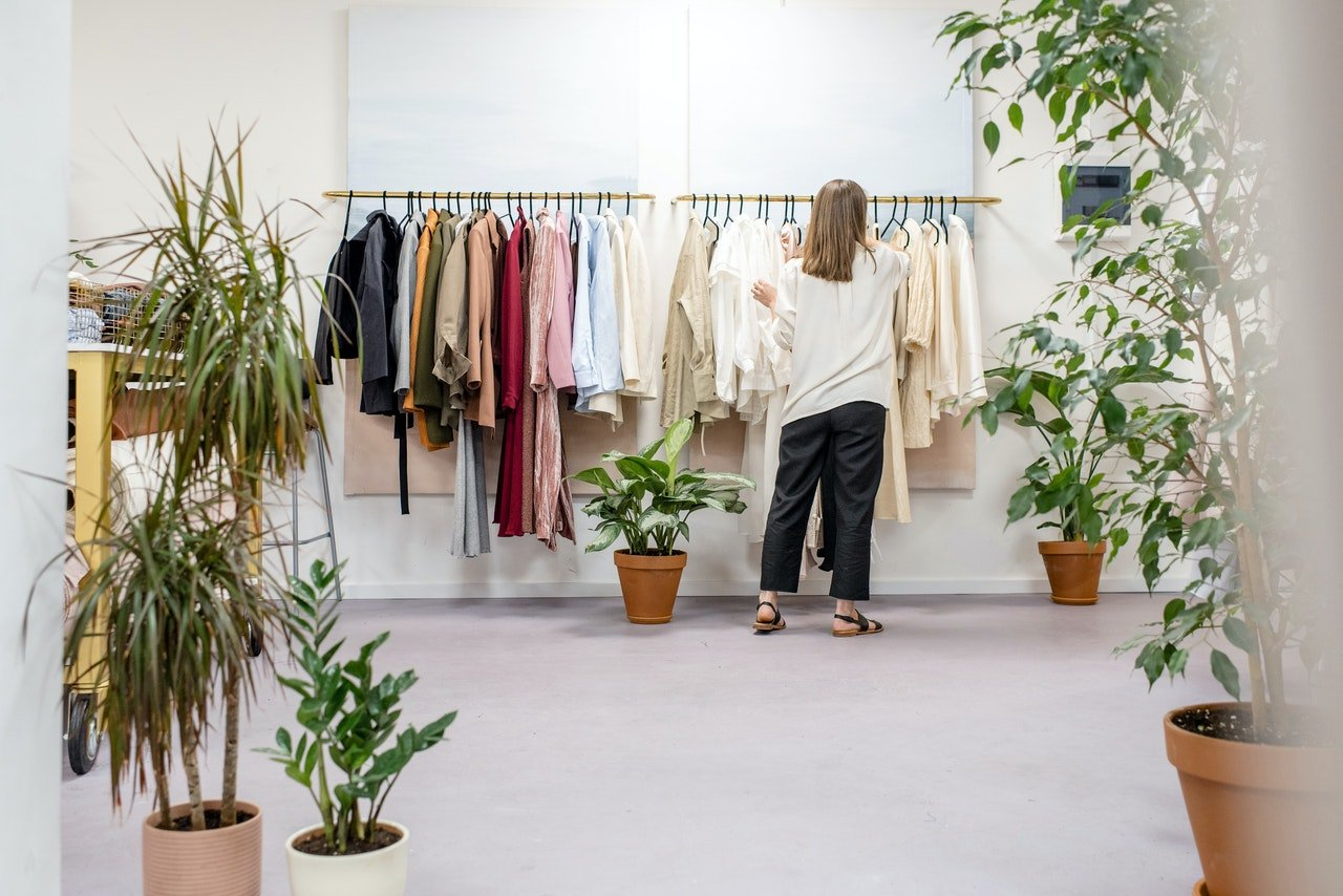 Shopping and Retail Insights